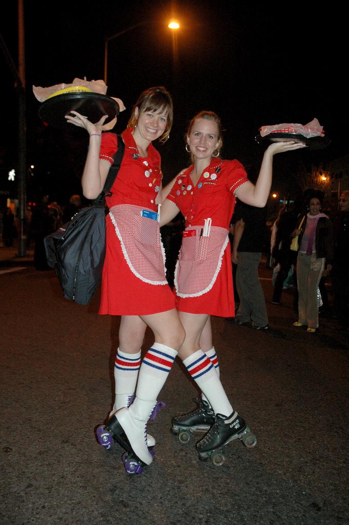 Rollerskate_girls_in_carhop_costume_3151469699_fd2d68eb12_z